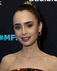 Lilly Collins Lily Collins Wikipedia