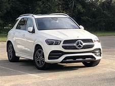 A 3 Row Luxury SUV That Gets Better With Age  Girls