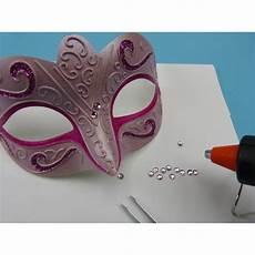 Faschingsmasken Selber Basteln Mit Farbe Und Glitter