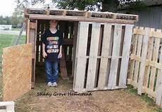 hühnerstall aus paletten chicken coop garden chickens h 252 hnerstall selber bauen h 252 hnerstall selber bauen paletten