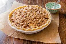 Apple Crumble Pie Sally S Baking Addiction