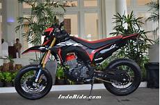 Modifikasi Crf150l Supermoto by Modifikasi Honda Crf150l Supermoto Luar Biasa Gantengnya