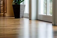 vinylboden oder laminat was ist besser vinyl laminatboden richtig pflegen und reinigen