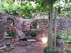 Schicke Mauer Steinmauer Garten Garten Garten