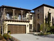 Garage Spanisch by 10 Ideas For Garage Doors Exteriors Garage Door Design