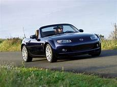 how it works cars 2006 mazda mx 5 auto manual 2006 mazda mx 5 roadster coupe hd pictures carsinvasion com
