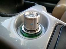 愛的アルファスパイダー これは便利 car lenser dc12vで常時車内充電のledライト