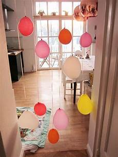 geburtstagsdeko 1 geburtstag geburtstagsdeko luftballons im t 252 rrahmen carrots for