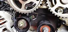 how to replace a timing belt on a ford focus