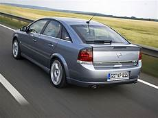 opel vectra technical specifications and fuel economy