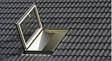 fenetre de toit prix prix d un velux co 251 t moyen tarif de pose prix pose
