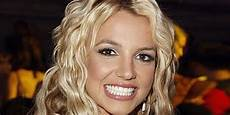 Britney Spears Britney Spears Sends Message To Fans After Seeking