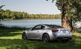 2017 Toyota 86  In Depth Model Review Car And Driver