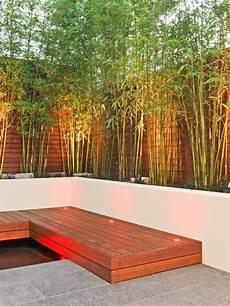 Sichtschutz Terrasse Bambus - terrasse innenhof gestaltung bambuspflanzen holz zaun