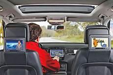 fernsehen im auto so funktioniert s bilder autobild de