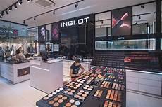 Inglot Nouveau Magasin Dans La Fashion Galleria La