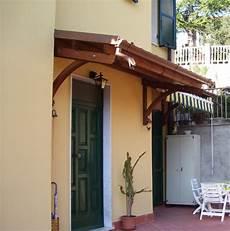 tettoie in muratura pensiline in legno a la spezia genova massa carrara