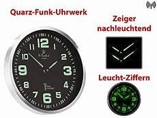 st leonhard funkwanduhr funk wanduhr mit quarz uhrwerk