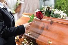 Combien Coute Un Enterrement Pau 3 Devis De Pompes 232 Bres Officiel Des Obs 232 Ques