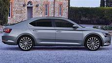 skoda superb review 2016 carsguide