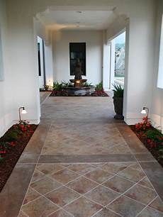 Fliesen Flur Ideen - courtyard with flower beds and hgtv
