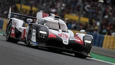 24 Hours Of Le Mans Live Updates Toyotas Battle For