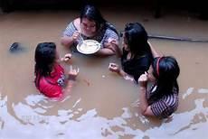Quasimodo Malvorlagen Hari Ini Get Answers Foto Banjir Jakarta 2013 Terparah