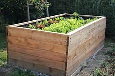 hochbeete selber bauen und bepflanzen 32 raised wooden garden bed designs exles
