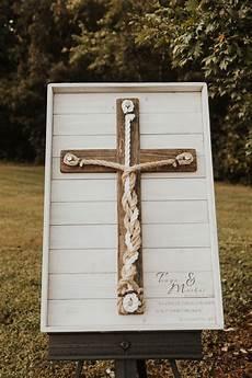 palisaden aus holz eine alternative zur sized framed 3 cord holz rustikales kreuz einheit