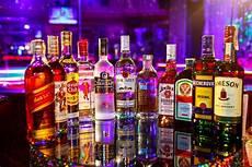 Bagaimana Hukum Minum Minuman Beralkohol Muslim