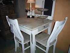 Tisch Mit 2 St 252 Hlen Casainnatura De Esstische Rund