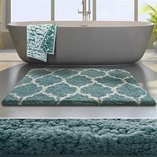 tapis design salon pas cher tapis fushia tapis noir