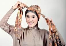 Cara Memakai Jilbab Pashmina Turban Kombinasi Tutorial