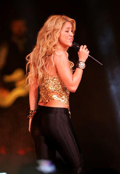 Shakira Spandex