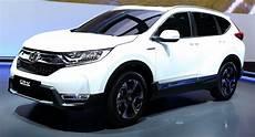 Honda Cr V Hybrid 2018 - spec 2018 honda cr v joins team hybrid after ditching