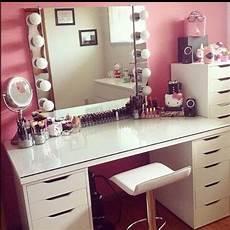 schminktisch mit licht schminktisch spiegel wo make up schminke led