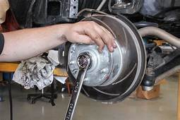 Service Manual How To Change Back Wheel Bearing On A 2008