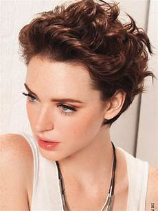 40 beautiful short hairstyles for thick hair the wow style