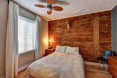 Chambre 224 Coucher Mur De Bois Rustique Effet Bois De