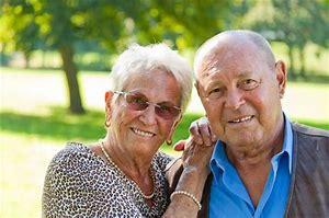опекунство над пожилым человеком входит ли в стаж работы
