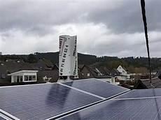 windkraft und photovoltaik mit stromspeicher