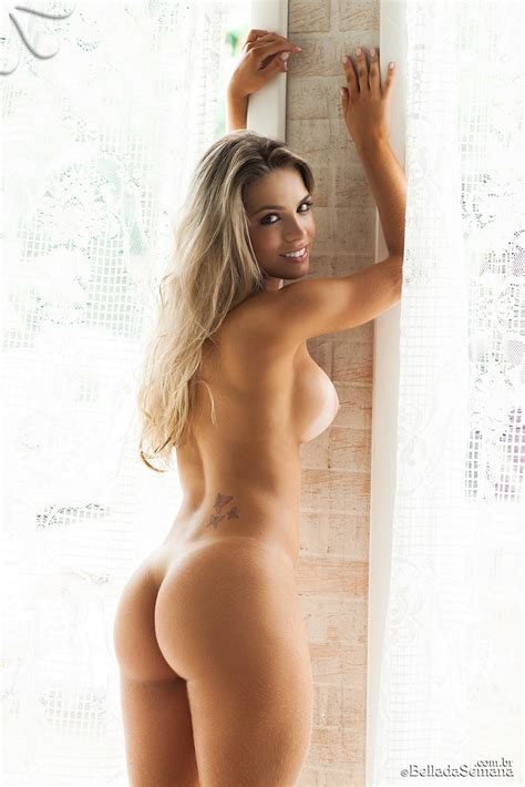 Bellada Semana Nude