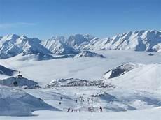 location ski alpe d huez alpe d huez resort information piste map stats ski runs