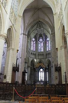 ford chalons en chagne file ch 226 lons en chagne cathedral 201 tienne inner view jpg wikimedia commons