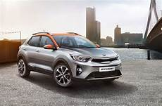 2018 kia stonic small suv officially unveiled