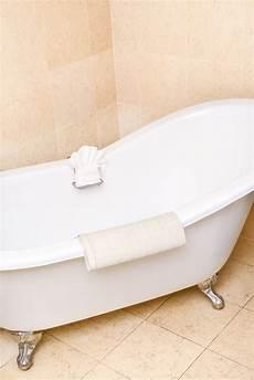 farbe für badewanne badewannenlack 2k badewannenbeschichtung badewannenfarbe