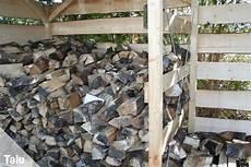 Holz Stapeln Ideen - brennholz lagern ideen und tipps f 252 r das lagern
