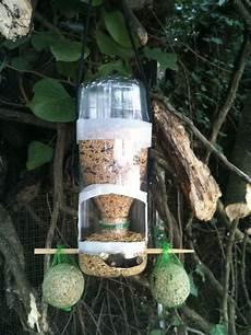 ma mangeoire a oiseaux maison mangeoire oiseau
