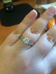 does my engagement ring fake