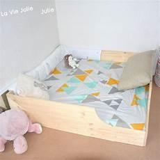 fabrication cadre de lit en bois avec des planches en pin